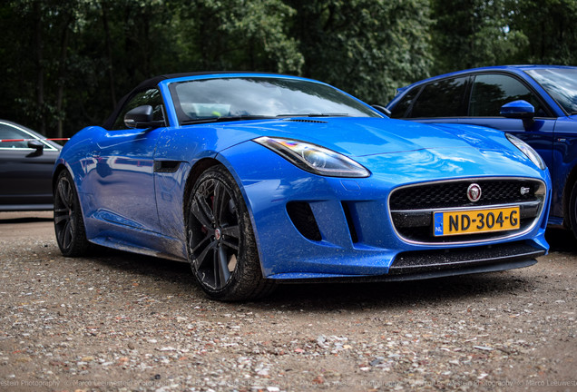 Jaguar F-TYPE S AWD Convertible British Design Edition