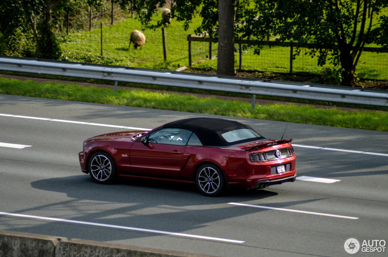 Ford Mustang Gt Convertible 2013 20 September 2017 Autogespot
