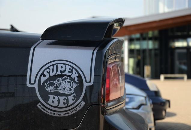 Dodge Charger SRT-8 Super Bee 2012