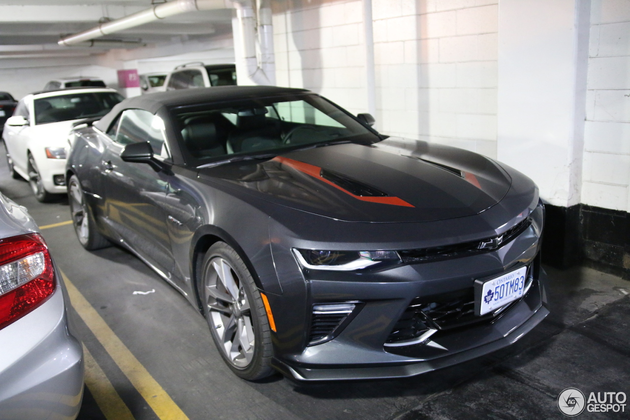 chevrolet camaro ss convertible 2016 50th anniversary 27 september 2017 autogespot. Black Bedroom Furniture Sets. Home Design Ideas