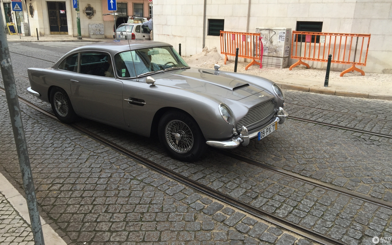 Aston Martin DB October Autogespot - Aston martin db5