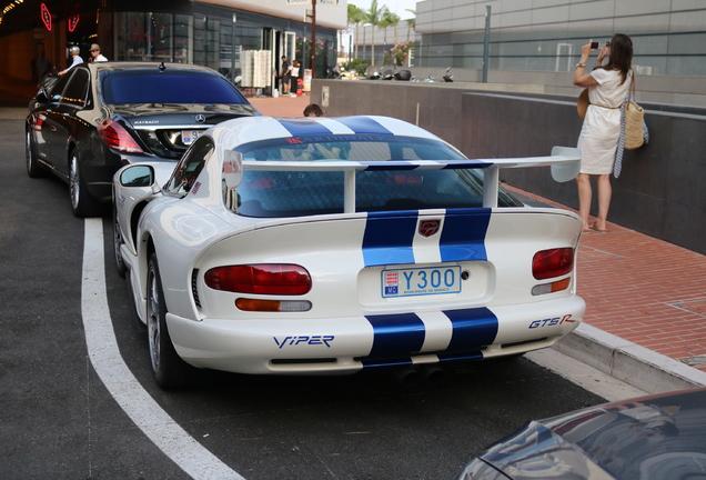 Dodge Viper GTS R
