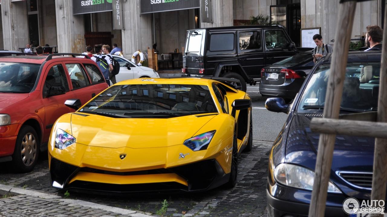 Lamborghini Aventador LP750-4 SuperVeloce 3