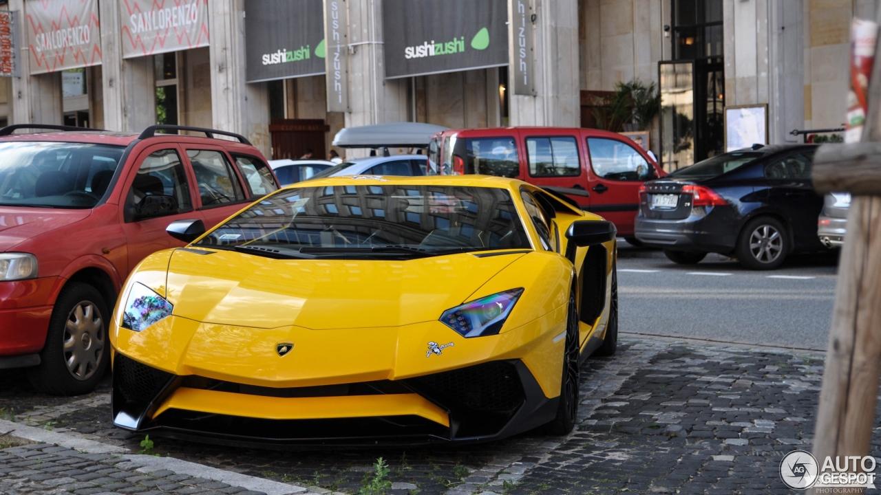 Lamborghini Aventador LP750-4 SuperVeloce 5