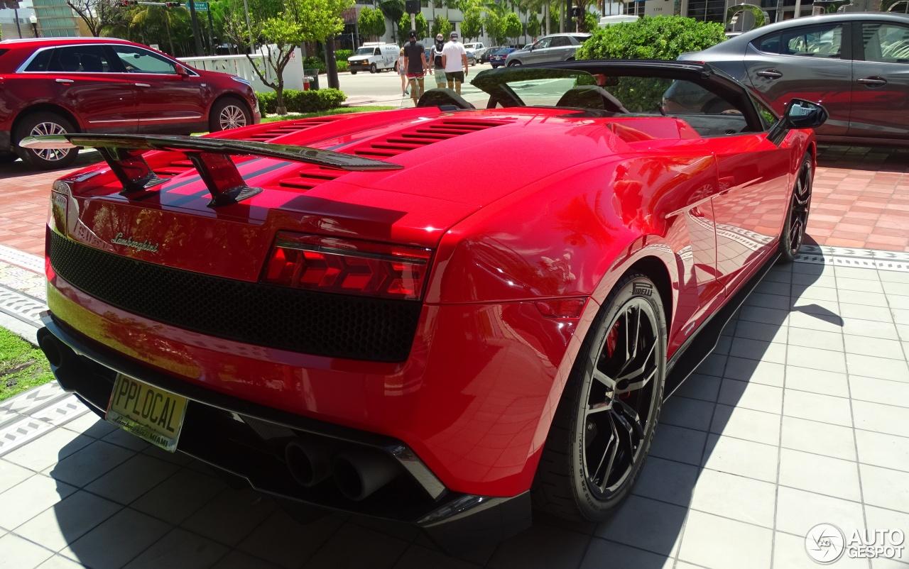 Lamborghini Gallardo LP570-4 Spyder Performante 4