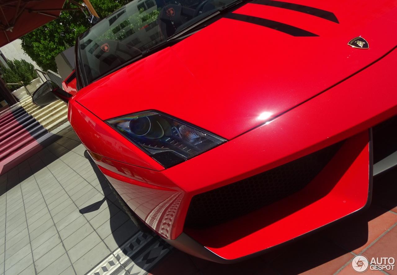 Lamborghini Gallardo LP570-4 Spyder Performante 9