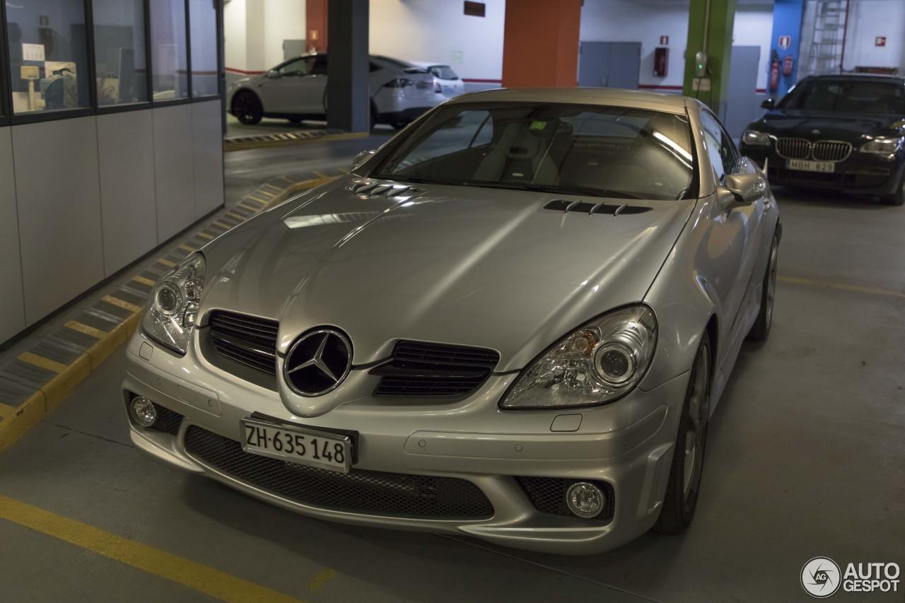 Mercedes benz slk 55 amg r171 11 october 2017 autogespot for Mercedes benz slk amg 2017