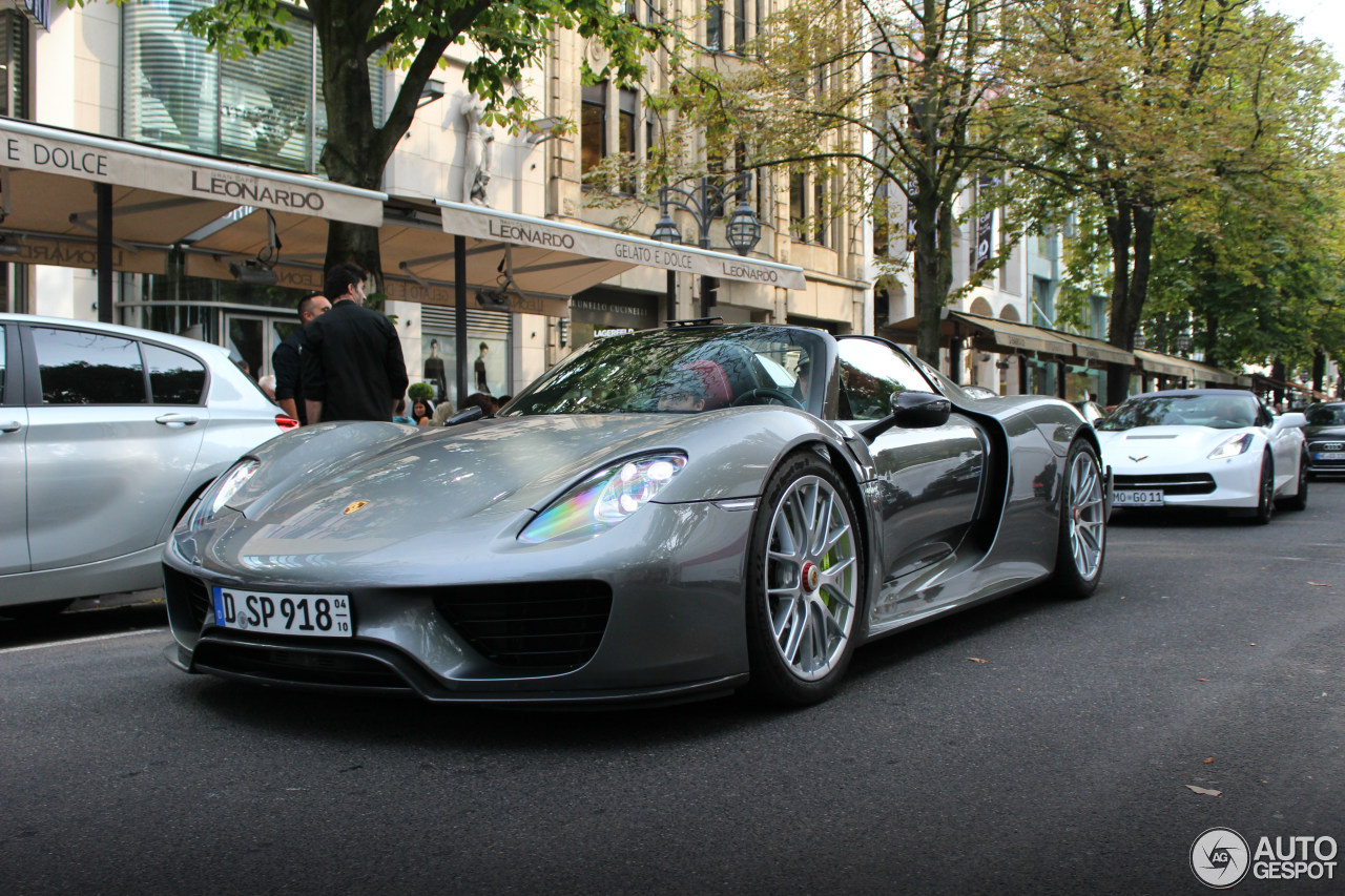 Porsche 918 Spyder Weissach Package 9