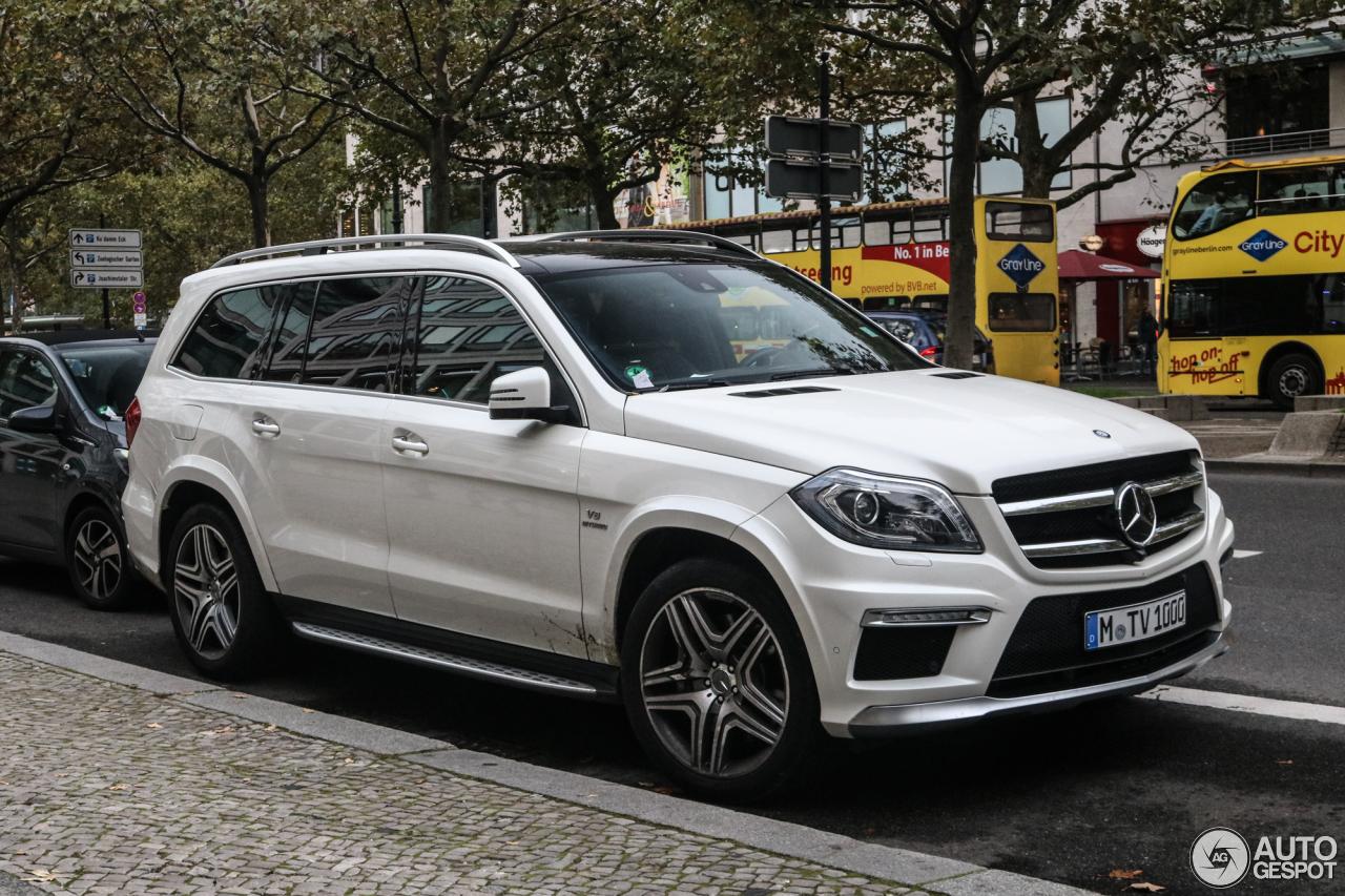 Mercedes benz gl 63 amg x166 17 october 2017 autogespot for Mercedes benz service plan