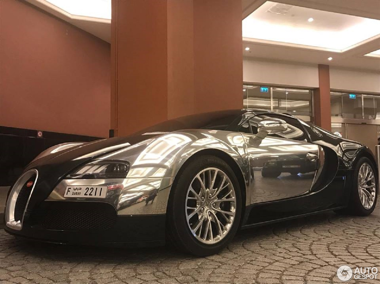 bugatti veyron 16 4 grand sport 19 october 2017 autogespot. Black Bedroom Furniture Sets. Home Design Ideas
