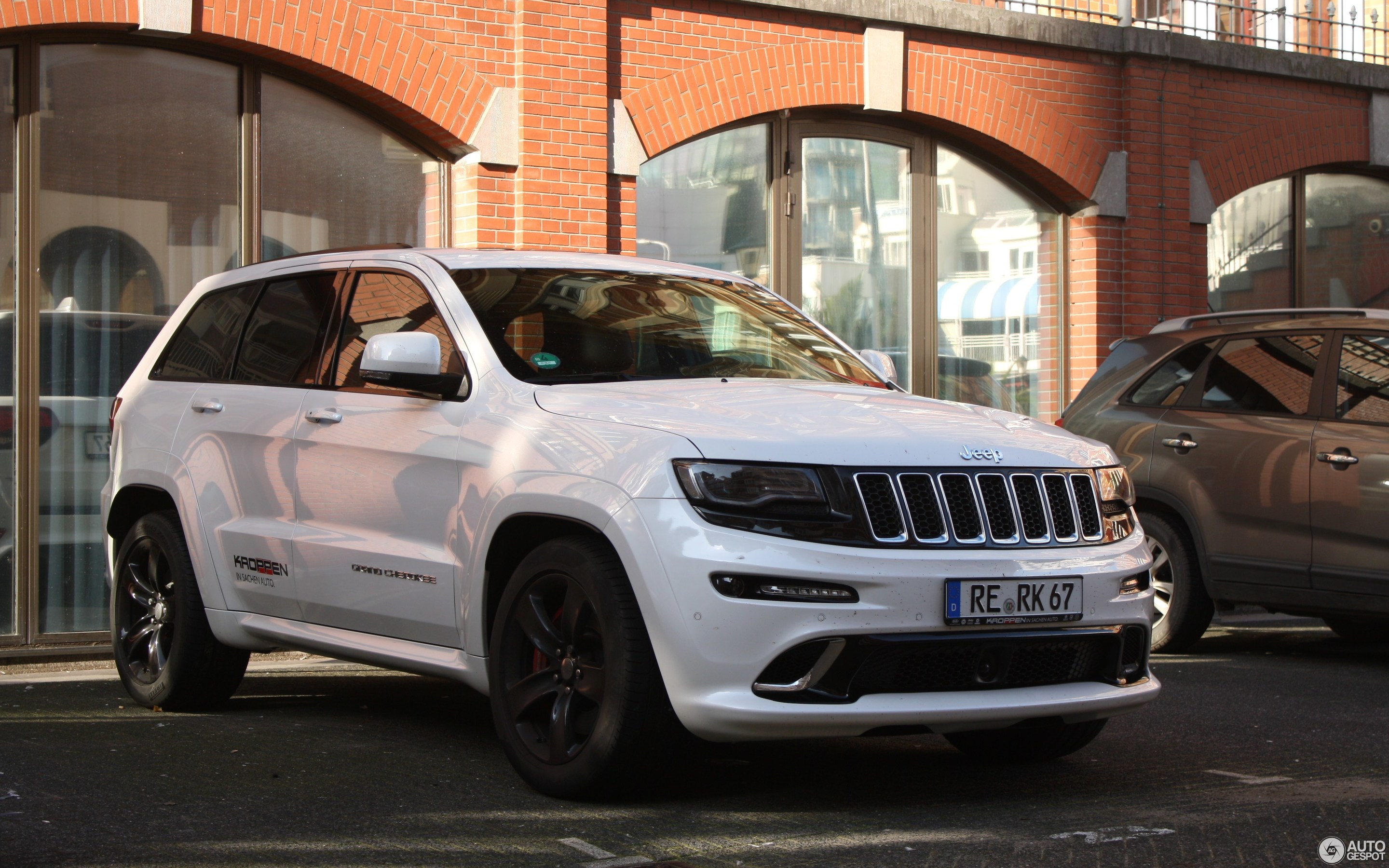 the sticking cherokee a traditionally grand for laredo have but current been spondent point car interiors jeep