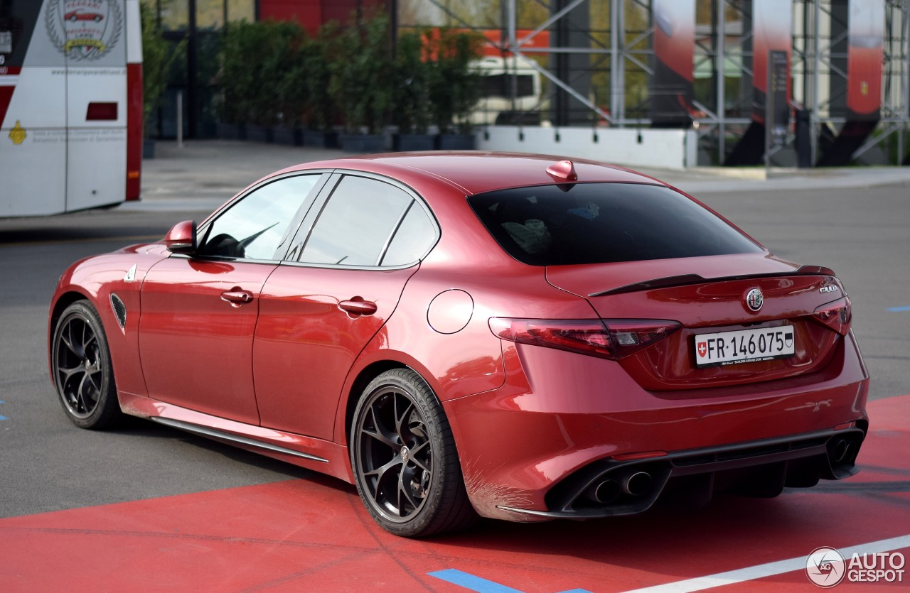 alfa romeo giulia quadrifoglio 31 october 2017 autogespot. Black Bedroom Furniture Sets. Home Design Ideas