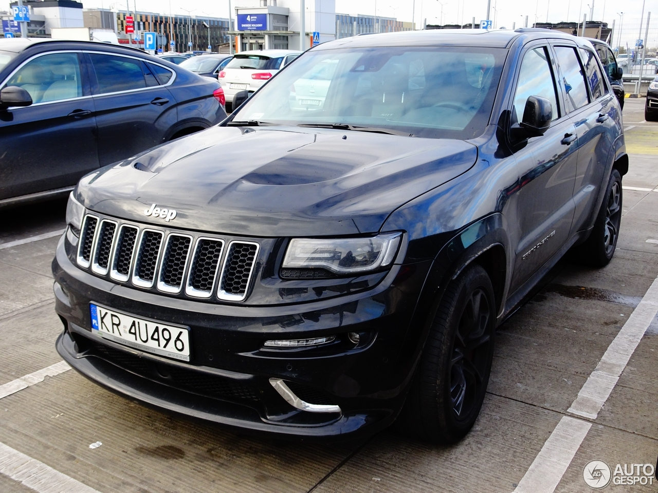 jeep grand cherokee srt 8 2013 31 octobre 2017 autogespot. Black Bedroom Furniture Sets. Home Design Ideas