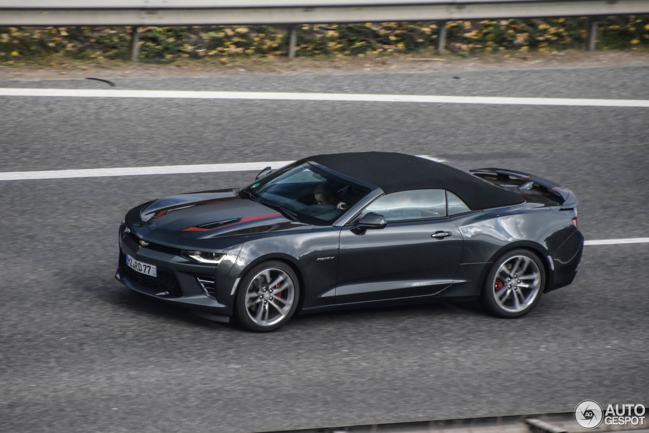 chevrolet camaro ss convertible 2016 50th anniversary 1 november 2017 autogespot. Black Bedroom Furniture Sets. Home Design Ideas