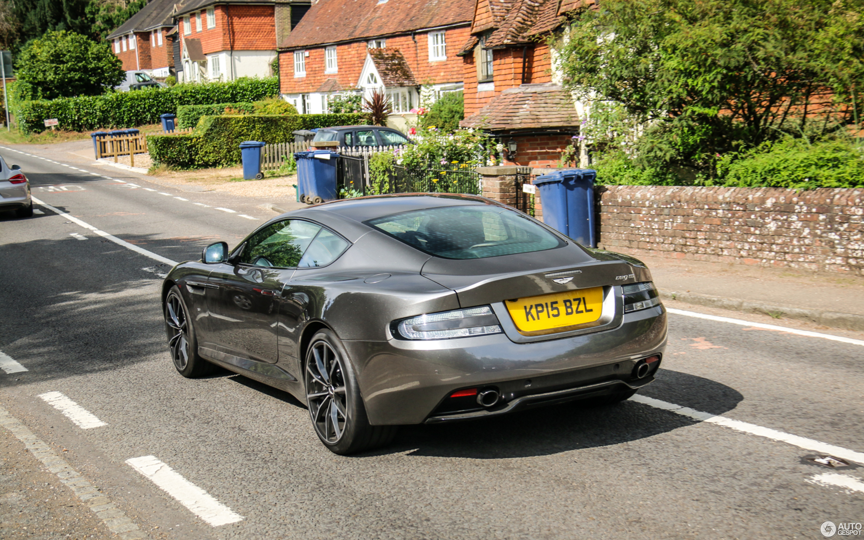 aston martin db9 gt 2016 bond edition - 1 november 2017 - autogespot