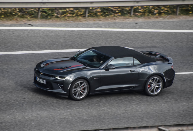 Chevrolet Camaro SS Convertible 2016 50th Anniversary
