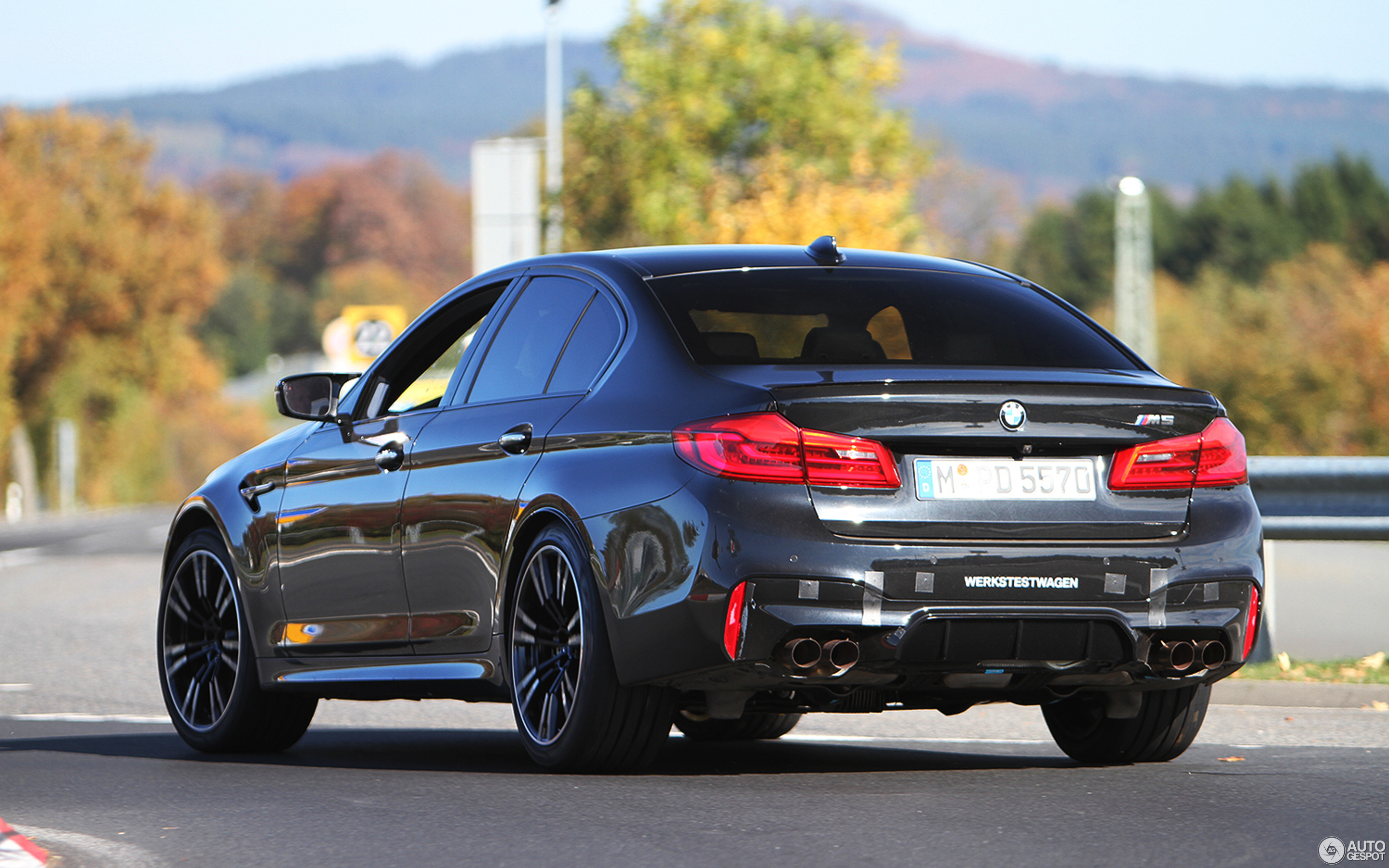 bmw m5 f90 3 november 2017 autogespot. Black Bedroom Furniture Sets. Home Design Ideas