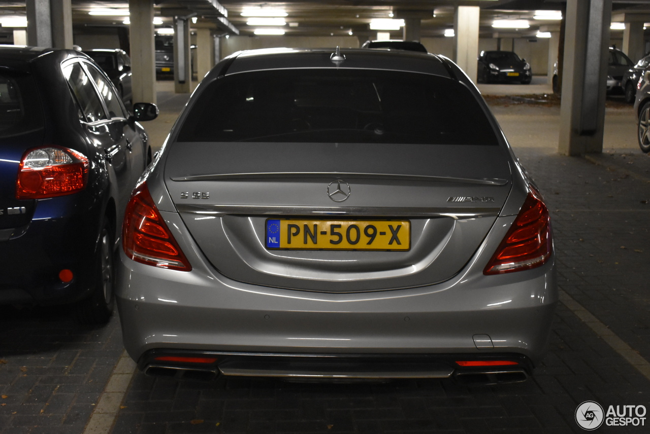 Mercedes benz s 65 amg v222 12 november 2017 autogespot for Mercedes benz 65