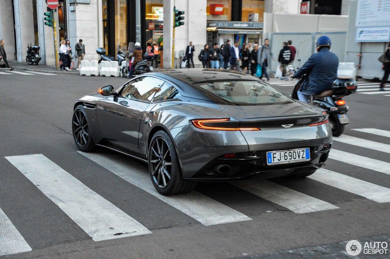Aston Martin DB11 8