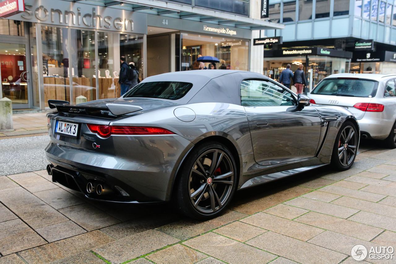 jaguar f type svr convertible 15 november 2017 autogespot. Black Bedroom Furniture Sets. Home Design Ideas