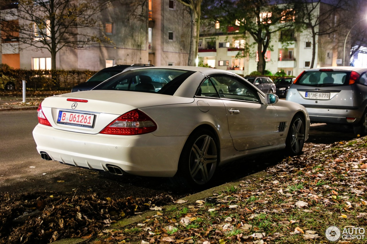 Mercedes benz sl 600 r230 2009 17 november 2017 autogespot for Mercedes benz 230 2017