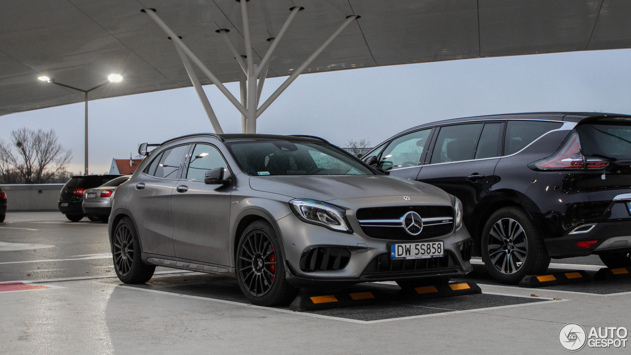 mercedes amg gla 45 x156 2017 19 november 2017 autogespot. Black Bedroom Furniture Sets. Home Design Ideas