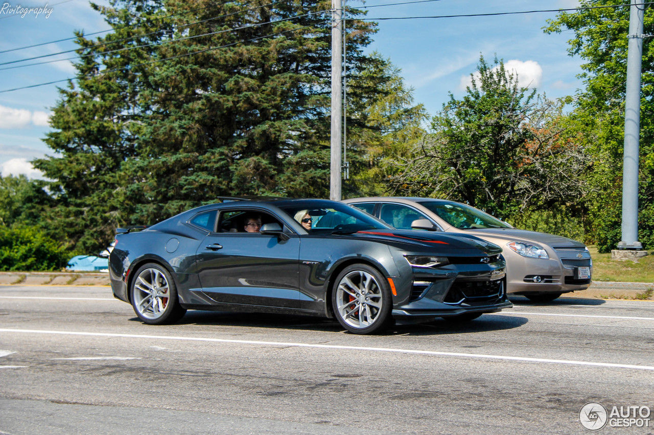 Happy Thanksgiving Camaro >> Chevrolet Camaro SS 2016 50th Anniversary - 23 November 2017 - Autogespot