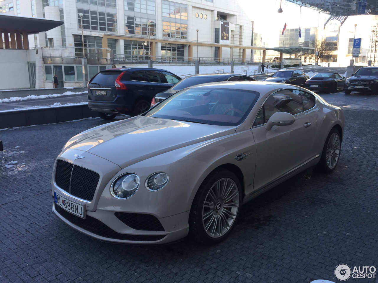 bentley continental gt v8 s 2016 1 dezember 2017 autogespot. Black Bedroom Furniture Sets. Home Design Ideas