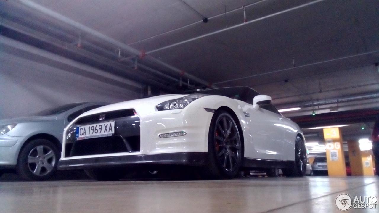Nissan GT-R 2013 5