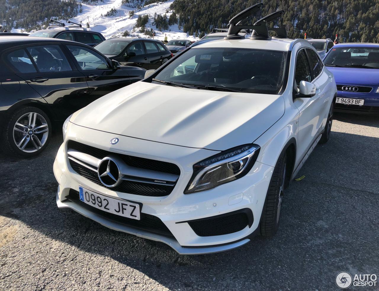 Mercedes benz gla 45 amg x156 10 december 2017 autogespot for 2017 amg gla 45 mercedes benz