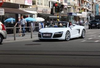 Audi R8 V8 Spyder 2013