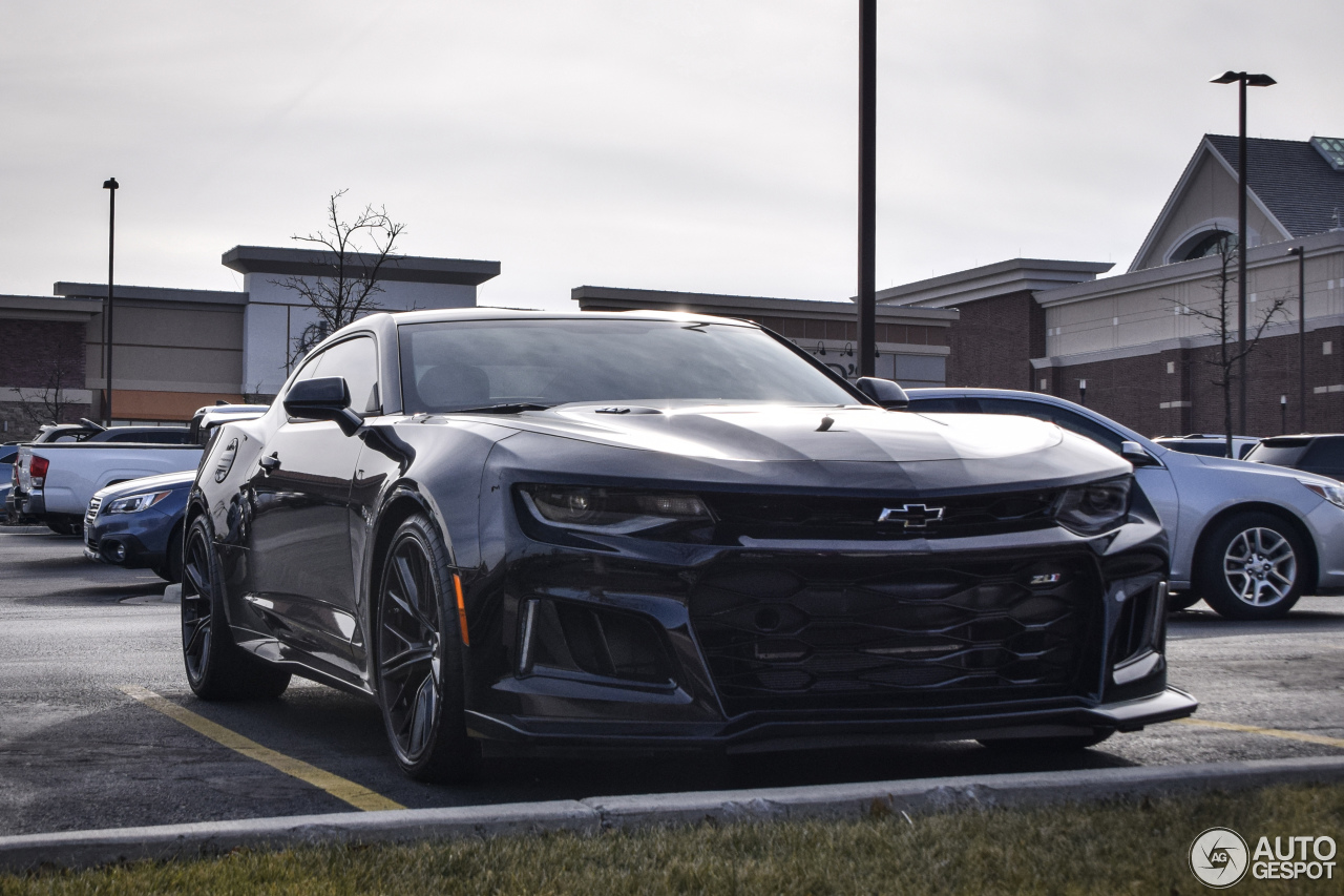 chevrolet camaro zl1 2016 28 december 2017 autogespot. Black Bedroom Furniture Sets. Home Design Ideas