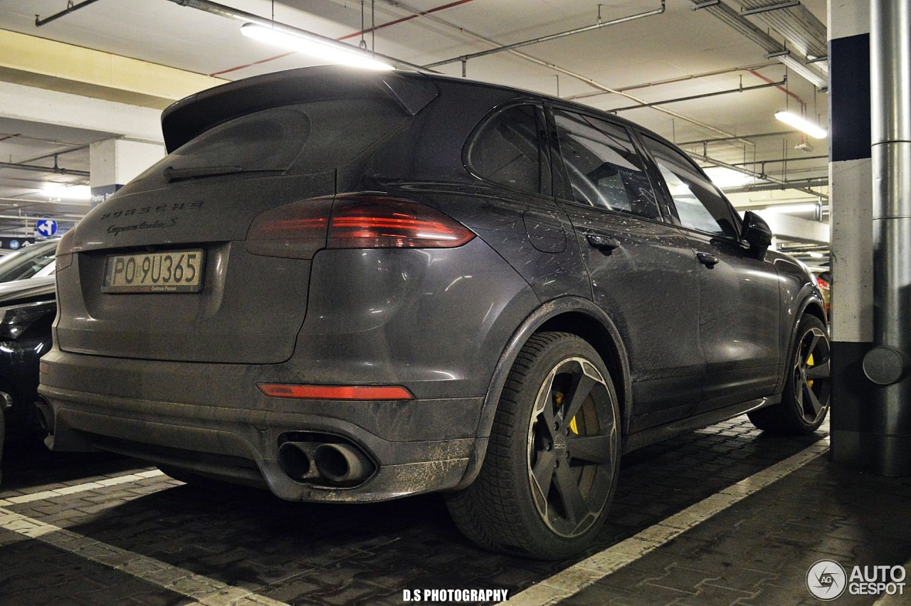 porsche 958 cayenne turbo s mkii 30 december 2017 autogespot. Black Bedroom Furniture Sets. Home Design Ideas
