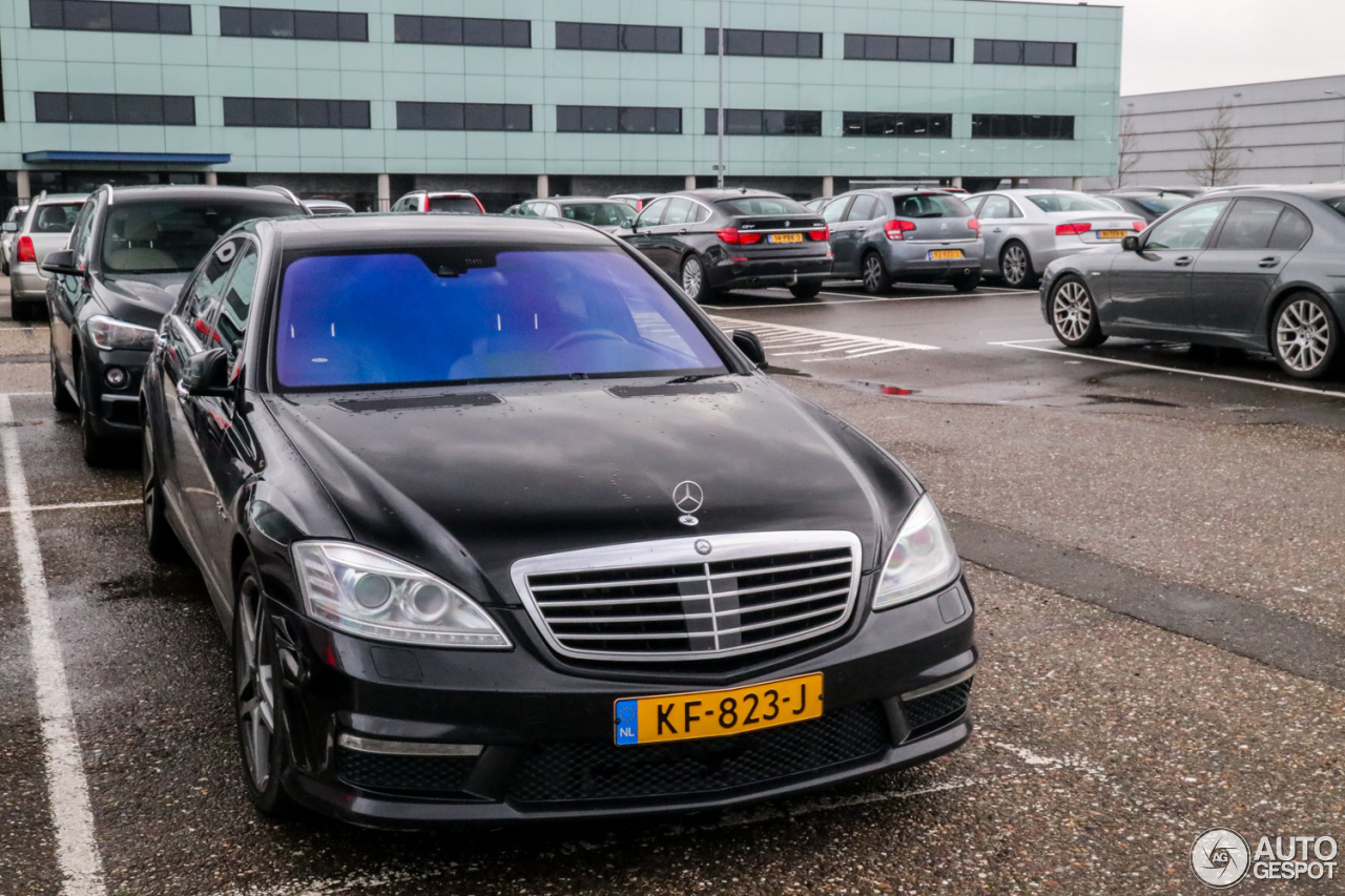 Mercedes benz s 63 amg w221 2010 31 december 2017 for All types of mercedes benz cars