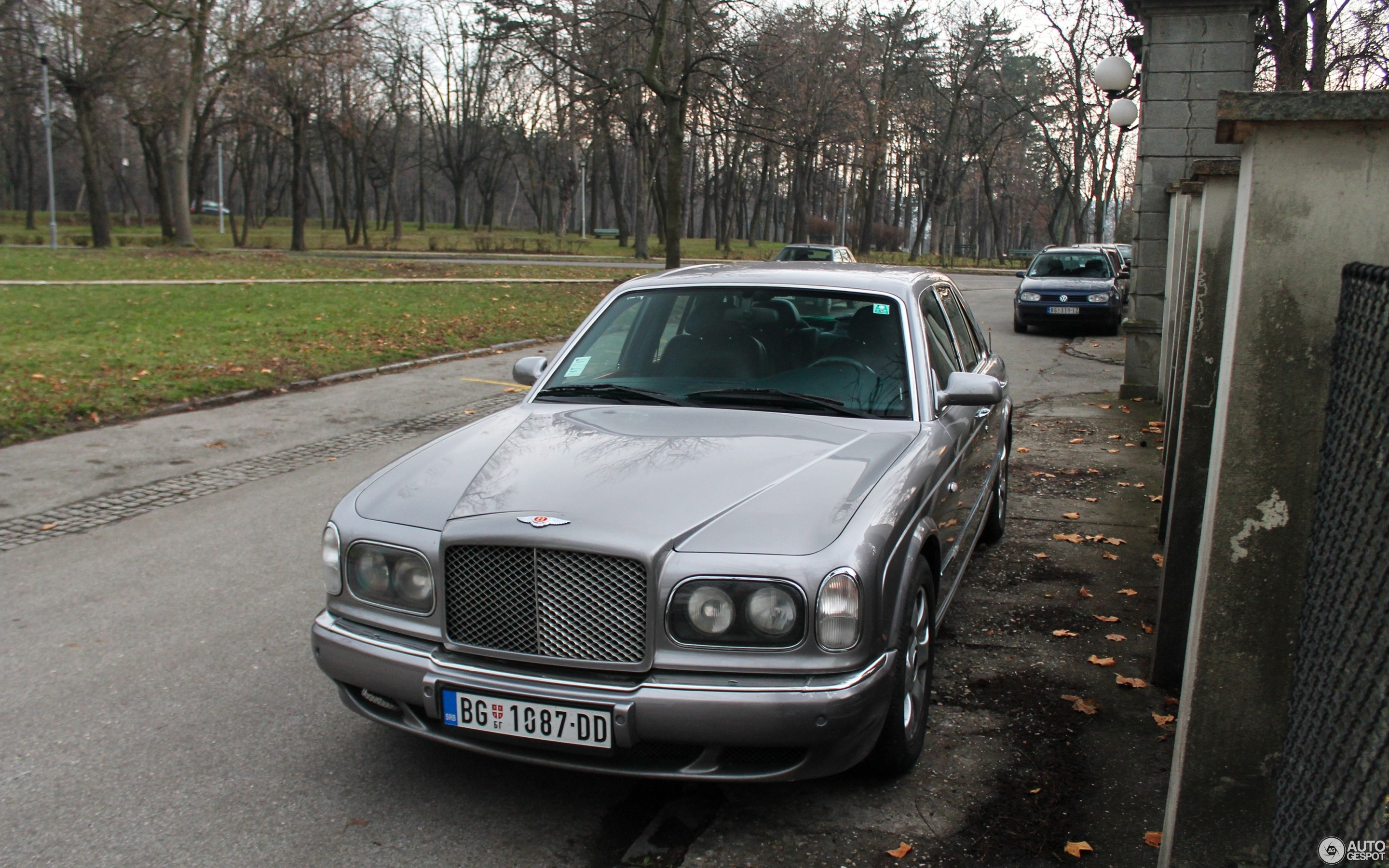 sale arnage bentley vancouver autoform red for label used vehicles